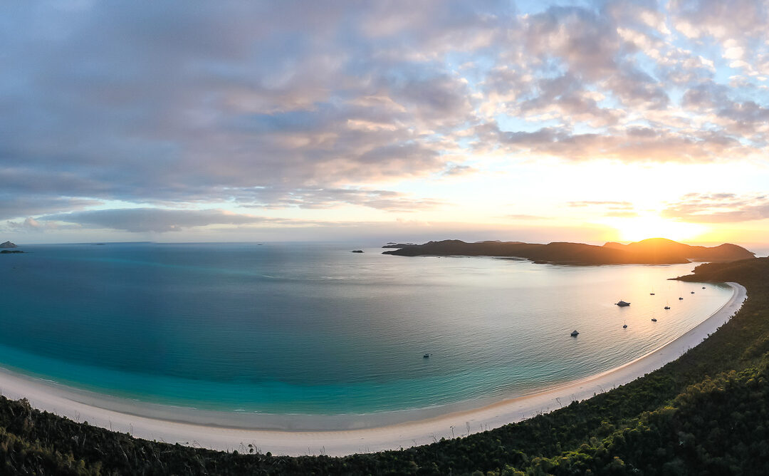 Professional Skippered Yacht Charter Whitsundays With Prosail
